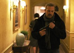 Three Days To Kill - 20 maart in de bioscoop Movies 2014, Blu Ray Movies, Old Movies, 3 Days To Kill, New Movies In Theaters, Luc Besson, Movie Website, Live Hd, Film Images
