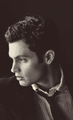 penn badgley --*sigh* one heck of a hottie! *Major crush*