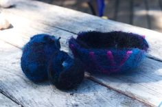 Beginning Felting with Kids: 8 Felted Wool Crafts - Things to Make and Do, Crafts and Activities for Kids - The Crafty Crow Book Crafts, Crafts To Do, Craft Books, Wet Felting, Needle Felting, Summer Art Projects, Felt Projects, Crayon Storage, Felted Wool Crafts