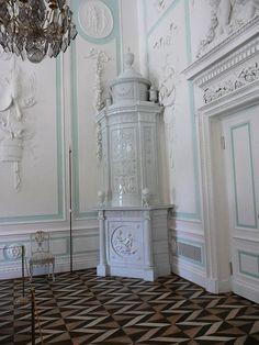 Peterhof Palace by Drew and Julie McPheeters