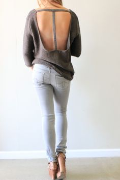 BB Dakota Beale Sweater #bbdakota #sweater #love #style #openback #chic #pretty #winter #holiday #cozy #fakingitflawless #theboutique