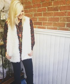 Happy for the holidays!! @tonyabrickell  Articles of Society jeans- $54 Plaid shirt- $34 Fur vest- $39.95 Kendra Scott Rayne necklace- $80  #madisonsbluebrick #downtownhotsprings #madforplaid #vest #kendrascott #shoplocal #articlesofsociety