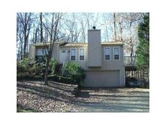 2905 Creek Park Dr, Marietta, GA 30062 #short sale   #real estate See all of Rhonda Duffy's 600+ listings and what you need to know to buy and sell real estate at http://www.DuffyRealtyofAtlanta.com