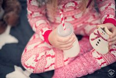 Cookies and Milk - Seattle Children Photography - Family Picture Ideas