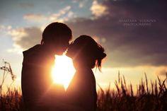 """""""Não quero alguém que morra de amor por mim... Só preciso de alguém que viva por mim, que queira estar junto de mim, me abraçando. Não exijo que esse algué"""