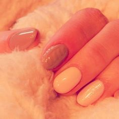 #semilac #homenails #lovely #nails #spring #wiosennie #hybrydy #domowe #nailsart Moje już wyglądają wiosennie. A jak wasze  ???