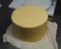 Make your own homemade Cheddar Cheese - traditional English style