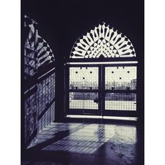 A Tour Through the Many Doorways of India ❤ liked on Polyvore featuring backgrounds #indiafashion,