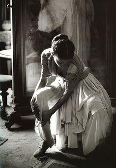 Dolce & Gabbana: Spring/Summer Collection 1988    Model: Marpessa  Photography: Ferdinando Scianna