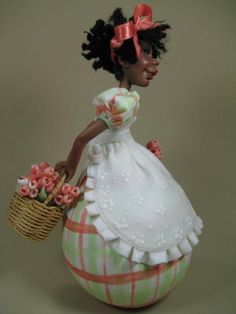 Menina de cabaça e biscuit - by www.devienne.com.br