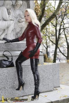 Black Thigh High Boots, High Heel Boots, Leather Fashion, Fashion Boots, Leather Gloves, Leather Pants, German Women, Gone Girl, Fashion Beauty