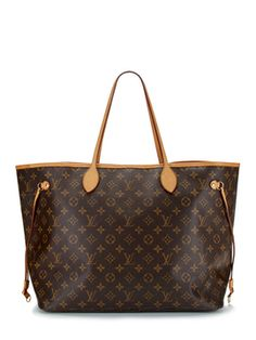 005cf42c7611 I am using my Louis Vuitton GM as my carry on bag during travel. It s