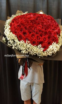 #99 #黑红系列 #Propose #HandBouquet #Elegance #Rose #BabyBreath #Red #Black #instaflower #MilanStyle #米兰花屋 #MilanFlorist 016-7677027 / 016-7704487 , milanflorist.com.my #AustinHeight #jbflorist #jbonlineflorist #johorbahru #新山花店 #柔佛新山 #MountAustin