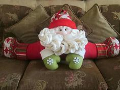Papa noel Santa, Holidays, Cool Stuff, Holiday Decor, Home Decor, Weights, Doors, Pink, Vestidos