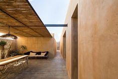 Image 8 of 26 from gallery of Casa ECS / Giuseppe Gurrieri Studio. Photograph by Filippo Poli Pergola Designs, Pergola Kits, Pergola Ideas, Cheap Pergola, Diy Pergola, Tulum, Porches, Covered Pergola, Patio Roof