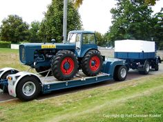 IFA Z 6 (= IFA H 6 Z) with flatbed trailer and loaded Dutra B - wonderful . - IFA Z 6 (= IFA H 6 Z) with flatbed trailer and loaded Dutra B – nice train, better than fresh - John Deere 4320, Flatbed Trailer, Antique Tractors, Flat Bed, East Germany, Trucks, Train, Vehicles, Cars