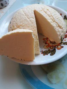 Kati Kocsis: Elkészítettem ezt a sajtot, nagyon jó ! 😊🧀 A receptet a linken látjátok Healthy Living, Cheesecake, Dairy, Cooking Recipes, Pudding, Favorite Recipes, Food, Cook, Healthy Life