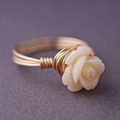 Gold Rose Ring Wire Wrapped Cream Coral Small by georgiedesigns Wire Jewelry, Jewelry Rings, Jewelry Accessories, Flower Jewelry, Wire Rings, Jewlery, Jewelry Ideas, Flower Rings, Jewellery Box