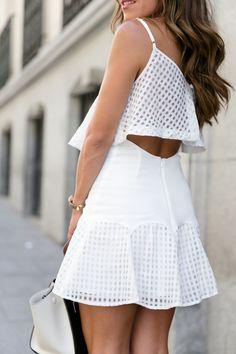 lVestido/Dress: Revolve Clothing (ss15), Sandalias/Sandals: EcoStyle (ss15), Bolso/Handbag: Céline, Gafas/Sunnies: RayBan, Collares/Necklaces: Lili Claspe