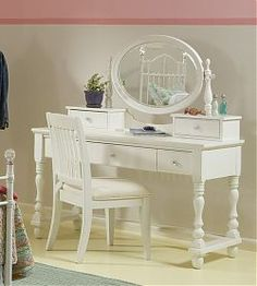 Create a functional vanity fit for a princess with this Computer Desk, Hutch and Vanity Mirror, styled especially with sophisticated pre-teen and teen tastes in mind. It has a chic Victorian look with its cottage white finish and decorative details.