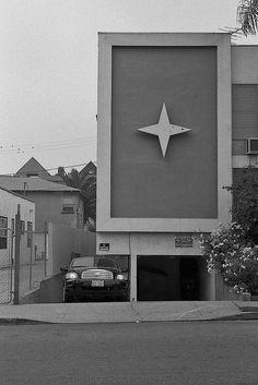 Dingbat star