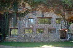 Unique and Unusual Hotels in Arkansas: Beckham Creek Cave Lodge