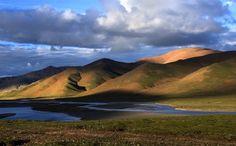 Golmud Qinghai province China [1024x637] Photographer: 黄河影人