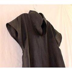 07db507ea3 custom heavy linen capped sleeve high collar tunic top