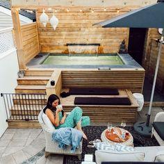 Beautiful Hot Tub Patio Design Ideas Make You Feel Relax - MagzHome hinterhof Hot Tub Backyard, Small Backyard Pools, Small Pools, Backyard Patio, Hot Tub Deck, Small Swimming Pools, Small Backyards, Small Patio, Backyard Landscaping