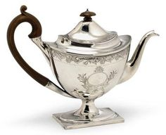 A GEORGE III SCOTTISH SILVER TEAPOT