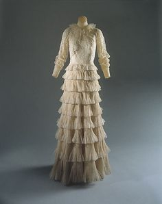 """Evening Ensemble, Gabrielle """"Coco"""" Chanel (French, Saumur 1883–1971 Paris) for the House of Chanel (French, founded 1913): 1936, French, silk."""