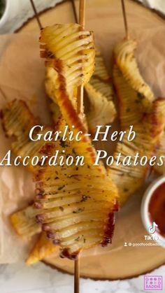Healthy Potato Recipes, Vegan Recipes, Cooking Recipes, Appetizer Recipes, Dinner Recipes, Appetizers, Comida Diy, Vegetarian Snacks, Garlic Butter
