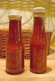 Egészséges ketchup házilag - Boszorkánykonyha Ketchup, Hungarian Recipes, Gourmet Gifts, Food Humor, Hot Sauce Bottles, Chutney, Preserves, Food Inspiration, Food And Drink