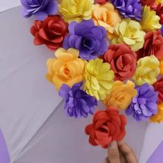 Click below to GET MORE >>>> paper ornaments templates easy paper flowers diy diy paper stars easy paper flower paper flowers craft Paper Flowers Craft, Paper Flower Wall, Paper Flower Backdrop, Paper Roses, Flower Crafts, Diy Flowers, Felt Flowers, How To Make Flowers Out Of Paper, Tissue Paper Decorations