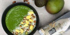 Brain booster smoothie bowl – Berit Nordstrand Healthy Brain, Brain Health, Smoothie Bowl, Palak Paneer, Bowls, Ethnic Recipes, Food, Drink, Serving Bowls