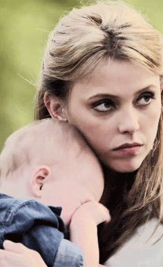 The Originals – TV Série - baby Hope Mikaelson - Freya Mikaelson (Riley Voelkel) - aunt (tia) - Freya and Hope