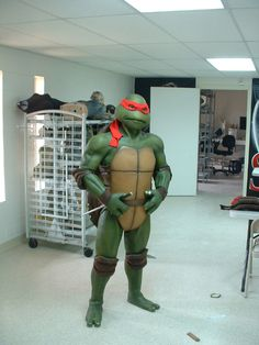 Teenage Mutant Ninja Turtle Costumes - PROGRES PICS!!!! - Page 8 - The Technodrome Forums Holy shit this is awesome!