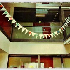 Am Freitag wurde in unseren Büros unsere offizielle Gründung ordentich gefeiert. Schön wars ;)