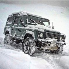 "1,874 Likes, 16 Comments - High Performance Land Rovers (@the_land_rover_rated) on Instagram: ""@scottstarkey @landroveroffroadextrem snow for days"""
