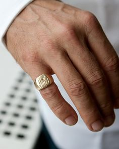 Pinky rings are a bit pretentious, but I like the fuck off pinky ring. Gold Pinky Ring, Mens Pinky Ring, Pinky Rings For Men, Signet Ring, Ring Designs, Fashion Rings, Wedding Bands, Wedding Ring, Skull Wedding