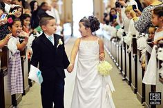 10 Photos: Amazing Kids at Weddings - Vol. 1 - Bitsy Bride (Click Photo to See All 10)