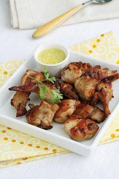 Conejo al ajillo con   receta Garlic Recipes, Chicken Recipes, Spanish Appetizers, Spanish Cuisine, Mexican Food Recipes, Ethnic Recipes, Latin Food, Good Enough To Eat, Cooking Time