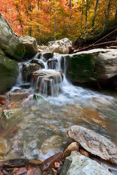 Broadwater Hollow Falls, Arkansas http://www.vacationrentalpeople.com/vacation-rentals.aspx/World/USA/Arkansas
