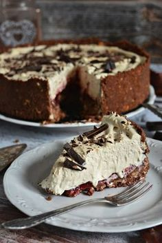 Chocolate cake with biscuits and mascarpone - coffee cream - without baking . Polish Desserts, Polish Recipes, Cookie Desserts, No Bake Desserts, Baking Recipes, Cake Recipes, Snack Recipes, Dessert Recipes, My Dessert