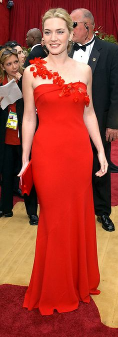 Kate Winslet - Oscars 2002 in Ben de Lisi | My favorite red carpet dress of all time