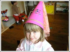 Kids Craft Weekly - Issue 34 - Princes and Princesses... A princess hat to wear during tournament... lower grade activity . Dar