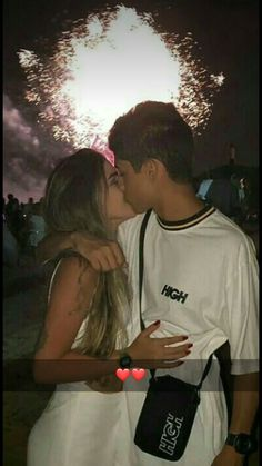 Cute And Sweet Relationship Goal All Couples Should Aspire To; Lov… Cute And Sweet Relationship Goal All Couples Should Aspire To; Cute Couples Photos, Cute Couple Pictures, Cute Couples Goals, Romantic Couples, Couple Photos, Sweet Couples, I Have A Boyfriend, Boyfriend Goals, Future Boyfriend