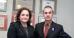 Entrevista muy importante para las hispanas que sufren de violencia doméstica.