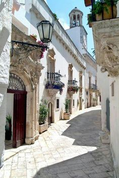 Gorgeous..someday I'll be there.Locorotondo. Puglia. Italy