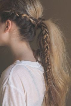 41 DIY Cool Easy Hairstyles That Real People Can Actually Do at Home! - Cool and Easy DIY Hairstyles – Messy Braided Ponytail – Quick and Easy Ideas for Back to School - Cool Easy Hairstyles, No Heat Hairstyles, Pretty Hairstyles, Hairstyle Ideas, Latest Hairstyles, Heatless Hairstyles, Wedding Hairstyles, Medium Hairstyles, Hairstyles 2018